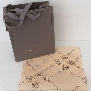 BCBG Shopping Bag & tissue